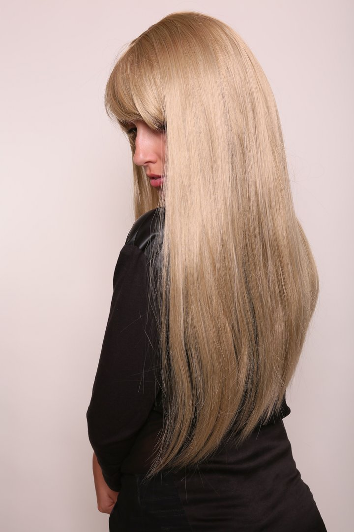 ICE PRINCESS medium BLOND blonde long straight QUALITY Lady WIG Cosplay  fringe (3113 Colour 24) 0f8d5c3d2